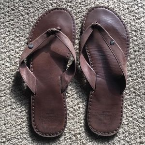 Abercrombie & Fitch brown leather sandals